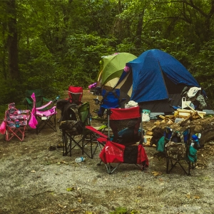 An Unorganized Campsite – Within an hour, all of our gear and paddling equipment was loaded into the cars.
